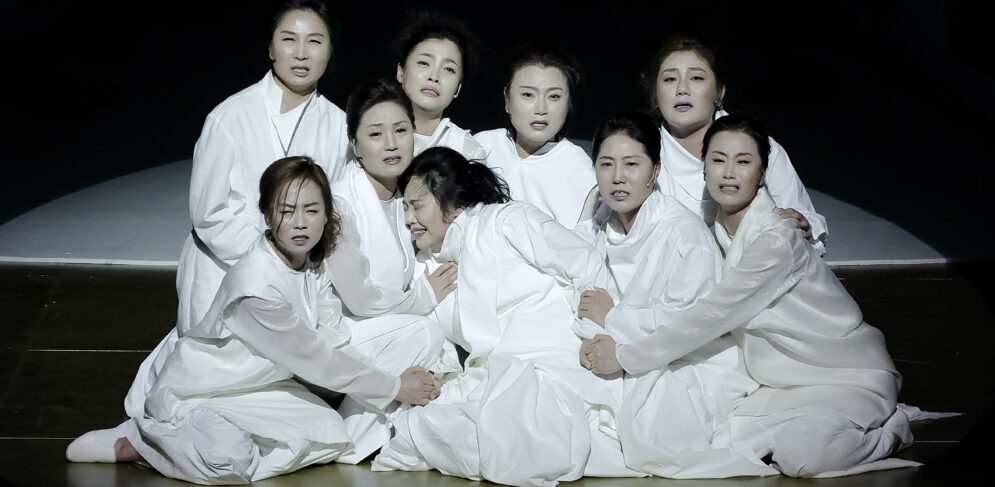 trojan-women-national-changgeuk-company-of-korea-national-theater-of-korea-15